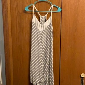Women's dress medium